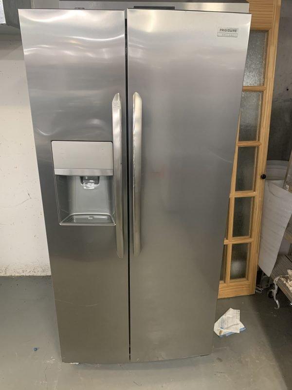 Frigidaire Gallery 22.2 Cu. Ft. Side-by-Side Refrigerator 1