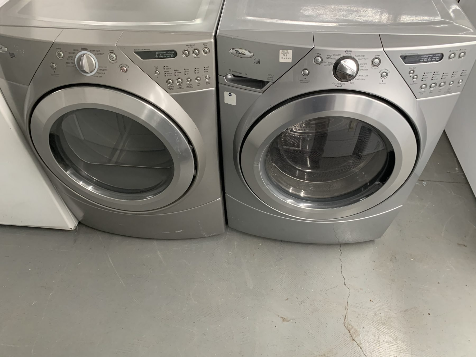 Whirlpool front loader washer dryer set - Clearance Man