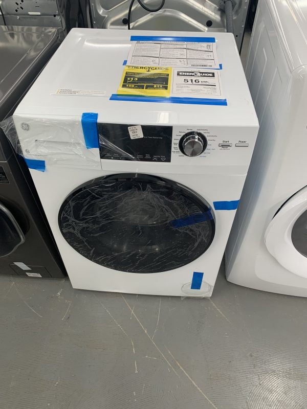 GE 2.8 Cu. Ft. Electric Washer & Dryer Combo (GFQ14ESSNWW) - White 1