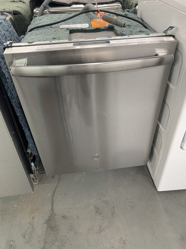 """GE 24"""" 49dB Built-In Dishwasher with Stainless Steel Tub 1"""