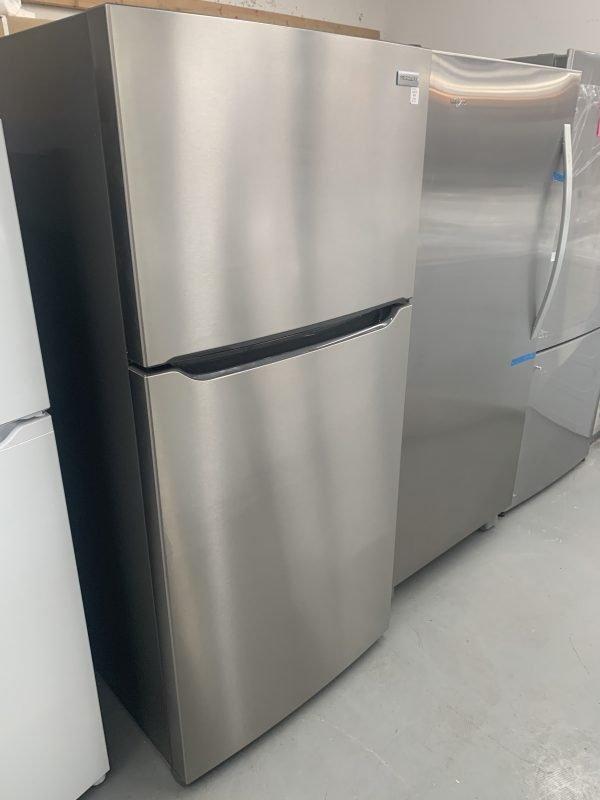 Frigidaire 18.3 Cu. Ft. Top Freezer Refrigerator 1
