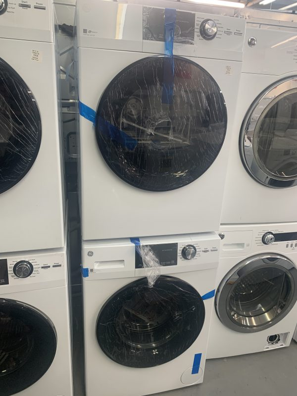 2.8 Cu. Ft. Front Loading Washer and Electric Dryer 1