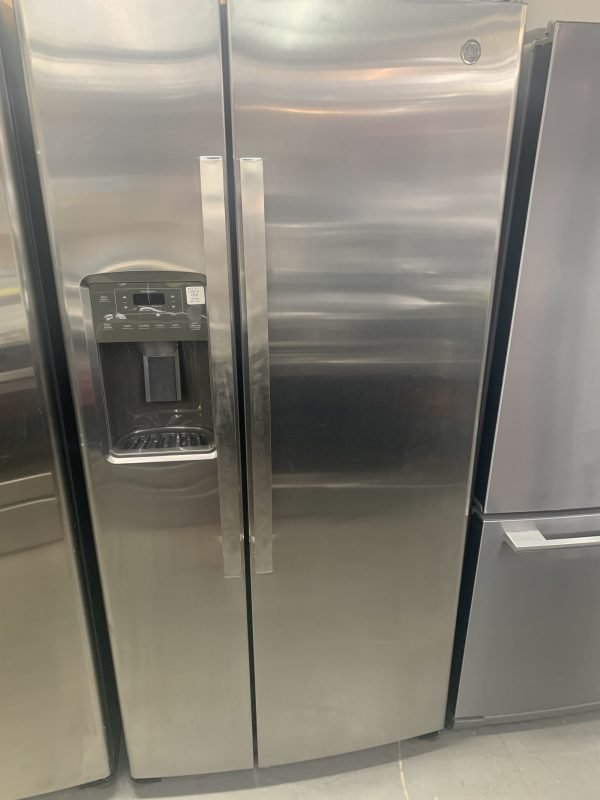 """GE 33"""" 23.2 Cu. Ft. Side-By-Side Refrigerator with Water & Ice Dispenser 1"""