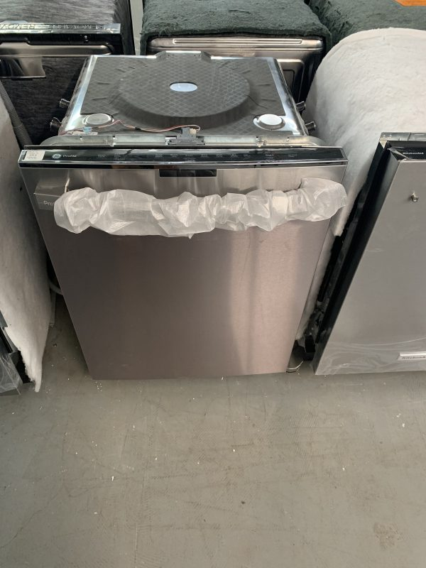 GE PROFILE™ STAINLESS STEEL INTERIOR DISHWASHER WITH HIDDEN CONTROLS STAINLESS STEEL 1