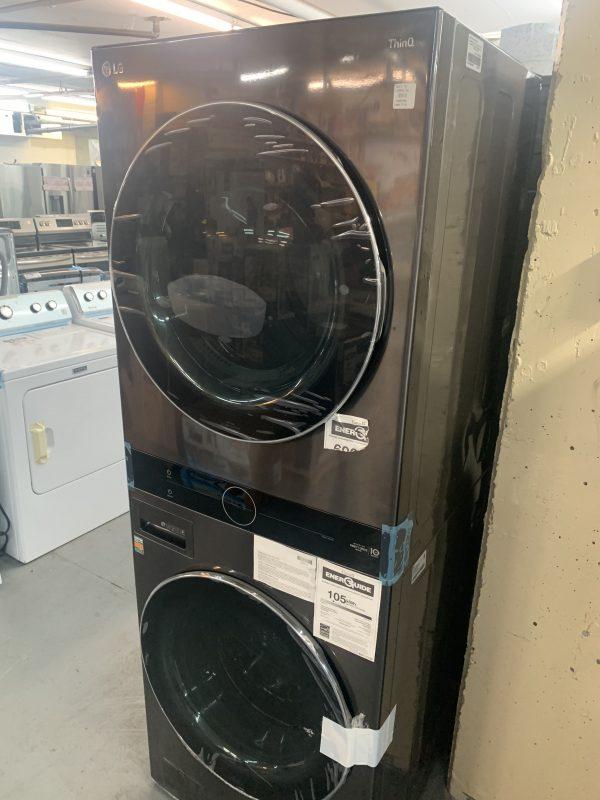 LG WashTower 5.2 Cu. Ft. High Efficiency Steam Washer & Dryer Laundry Centre 1