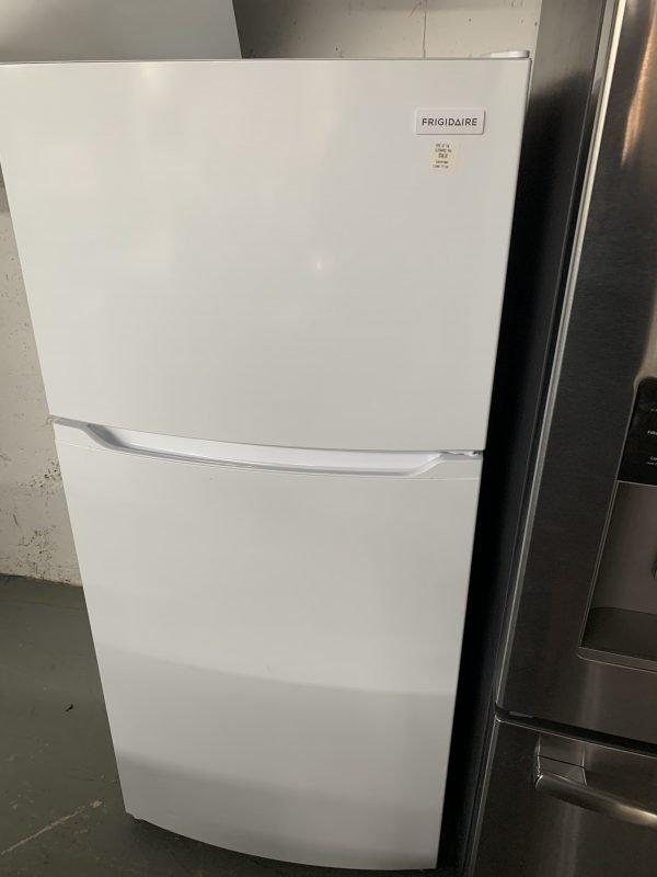 """Frigidaire 28"""" 14 Cu. Ft. Top Freezer Refrigerator (Dent on side of door) 1"""