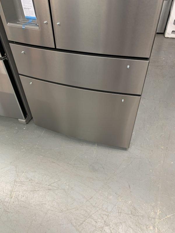 """Frigidaire Gallery 36"""" 21.8 Cu.Ft Counter-Depth French Door Refrigerator (small dent on bottom freezer door) 3"""